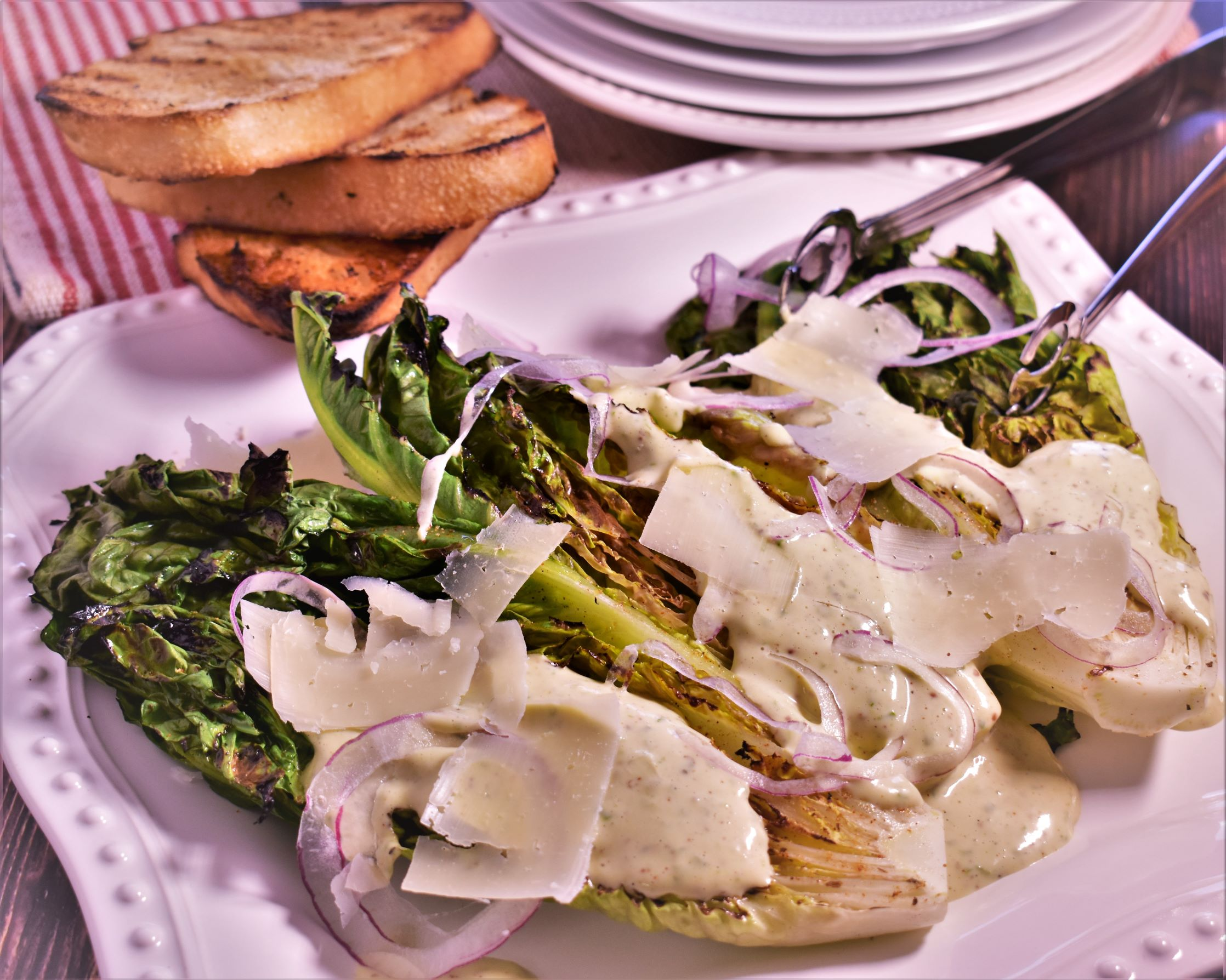 Grilled Romaine Salad with Green Onion Dressing