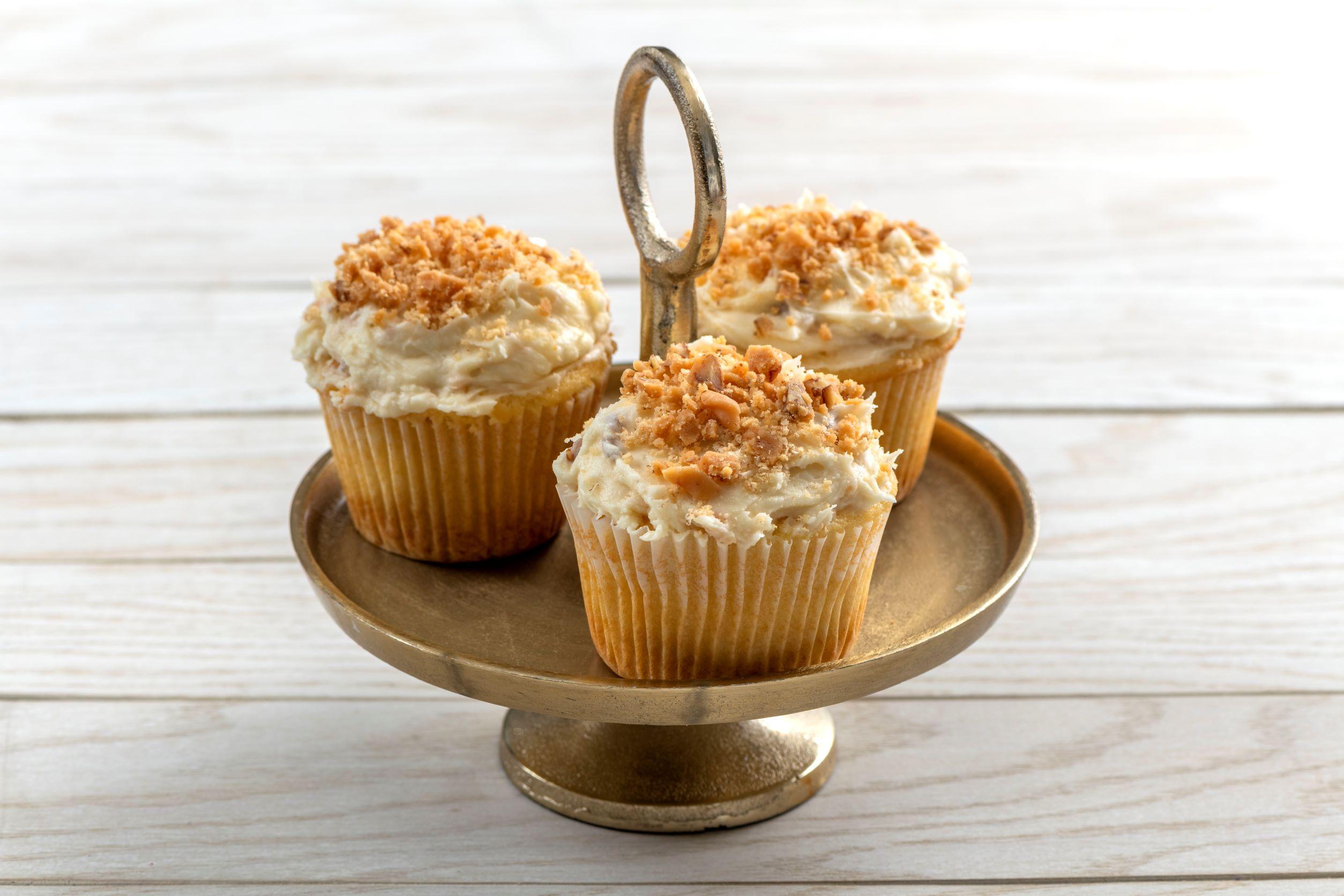 Praline Cream Cheese Cupcakes